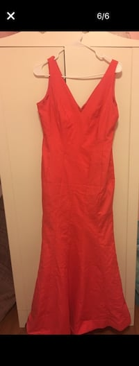 Coral evening dress size 10 Concord, 94519