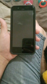 smartphone with case and charger Mesa, 85213