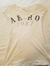 white Aero v-neck t-shirt Omaha, 68137