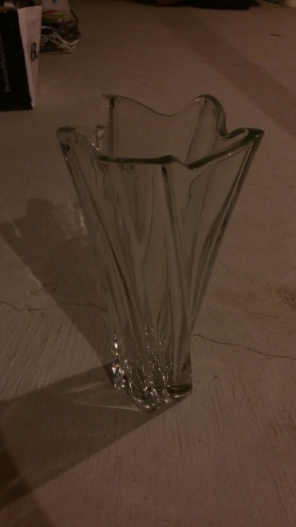 Used Clear Glass Flower Vase For Sale In Richmond Hill Letgo