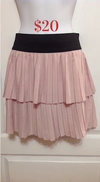 DYNAMITE Pink Layered Skirt: Size Small