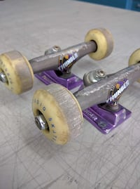 7.5 inch thunder lights trucks with wheels Montreal, H2G 1Y9