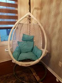 Adult white and blue bassinet (swing) Brampton, L6P
