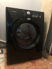 Frigidaire washer and dryer Vancouver, 98685