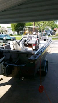 17 ft center console fisher