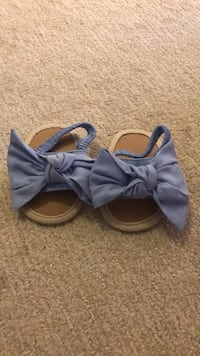 Really Cute Bow Sandals. Size Isn't Indicated. I Believe It's 3-6 Months.  Waldorf, 20601
