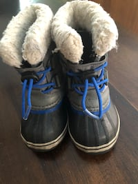 Sorel Moiani Boots -  toddler size 8 - grey/blue/black Richmond Hill, L4C 9E5