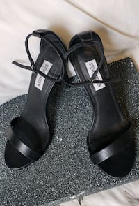 Steve Madden sz. 7. strap sandals Kitchener, N2G