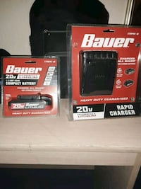 Bauer 20v compact battery and rapid charger 1704C- Macon, 31206