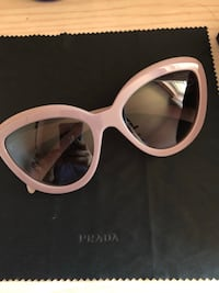Prada sunglasses 1695 mi