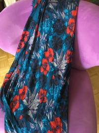 Scarf by Marc Jacobs 44x61 inches  Toronto, M4Y 1M2