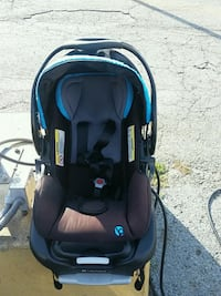 baby's black and blue car seat carrier Leesburg, 20176