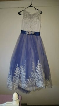 Very beautiful!!! Blue Size 12/14 youth,pink size  2320 mi