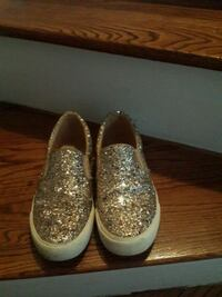pair of silver-colored slip-on shoes Ottawa, K1G 5T1