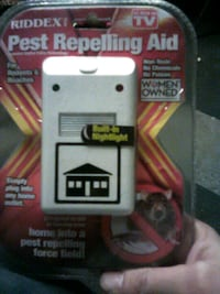 Plug in Pest Repellent