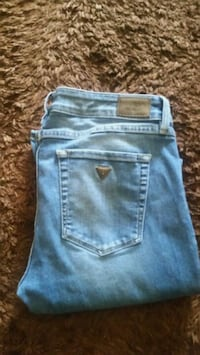 Ladies guess jeans size 30
