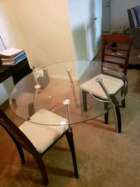 Glass Table with 2 Chairs Las Vegas, 89123