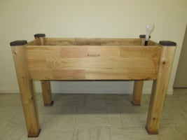 Cedarcraft Self-Watering Raised Garden Bed