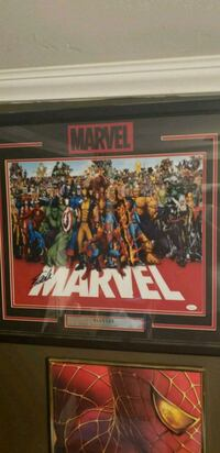 Marvel signed picture  Brick, 08724