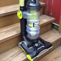 Eureka AirSpeed One Bagless Upright Vacuum - Powerful Suction - Very Lightweight Chicago, 60622