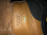 Ugg boots Los Angeles, 90003