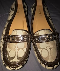 Woman's coach like new size 10 loafers located off lake mead and jone Las Vegas, 89108