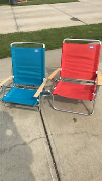 two red and blue beach lounge chairs Fort Saskatchewan, T8L 0B8