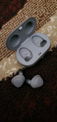 Samsung Wireless Earbuds Gear IconX St. Catharines, L2R 2G6