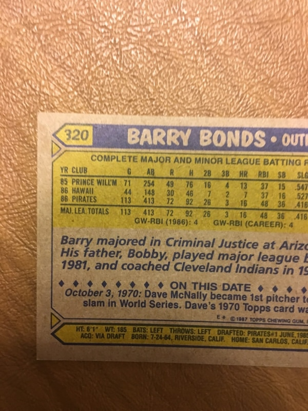 Barry bonds rare baseball card printed error.The 3 is cut off