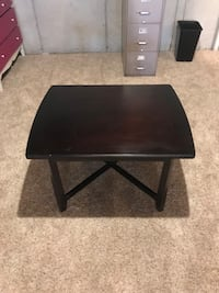 Small coffee table Wentzville, 63348