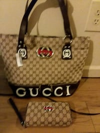Womens Gucci purse with matching wallet  Wilmington, 28403