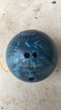 Blue crown imperial brunswick 100044 bowling ball Melbourne, 32934