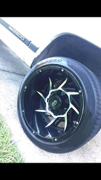 Rim 8 lugs for 2500 dodge or chevy 2500. Obo Tampa, 33604