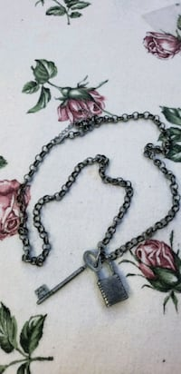 silver chain necklace with pendant Omaha, 68117