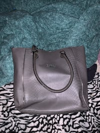 Grey guess purse  Hamilton, L8W 3H7