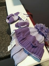 New children's place purple hat and mittens Mississauga