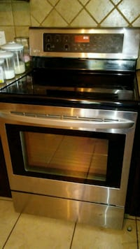 LG Electric stove and convection oven