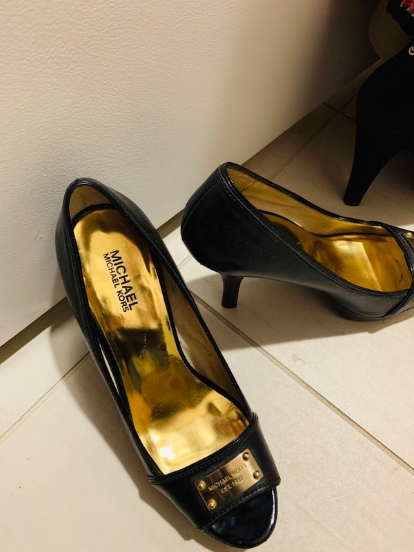 6333f5f6ff5 Used Iadies size 8-10 clothes   size 9 shoes! for sale in Fort Lauderdale -  letgo
