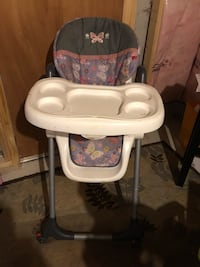Selling baby high chair Vaughan, L6A 1R2