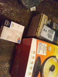 three hand mixer, space heater, and desk fan boxes Leavittsburg, 44430