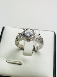 Real Silver Ring Jewelry Cubic Zirconia Crystal Engagement Wedding Ring Trinity Ring Brampton, L6P 1E6