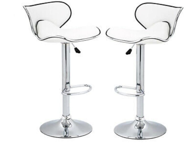 4 new leather high chairs / barstools ee9955a9-48e4-43b9-a7b8-4482807459ae