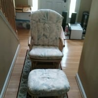 GLIDER/ROCKER WITH GLIDING FOOTSTOOL Poolesville, 20837