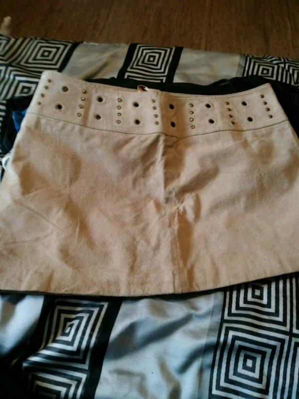 Suede skirt size 11