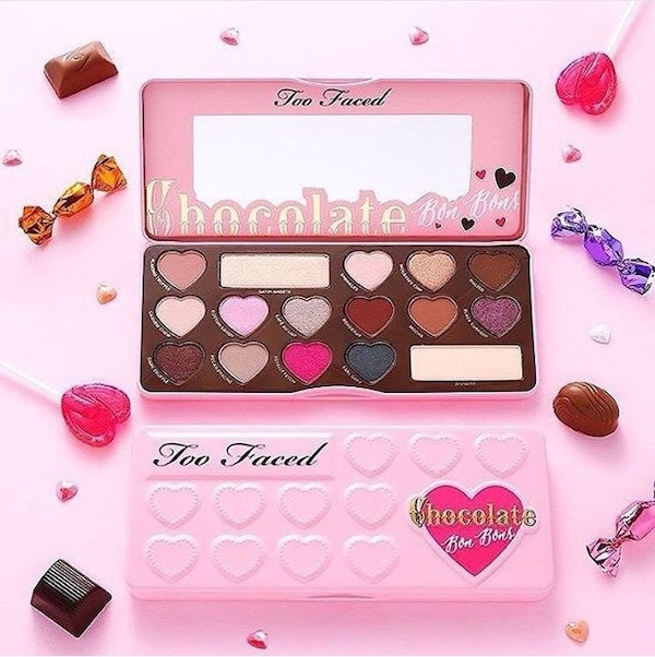 Paleta de sombra de ojos rosada Chocolate Too Faced