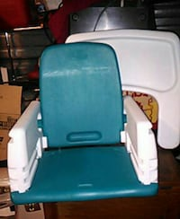 Baby feeding chair 865 mi