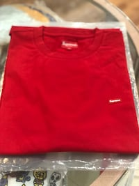 Brand new Red Supreme box tee size Xlarge  Silver Spring, 20902