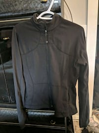 Lululemon define jacket size 10 Kamloops, V2C 6B2