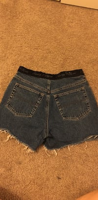 Tommy Hilfiger high waisted shorts Houston, 77084