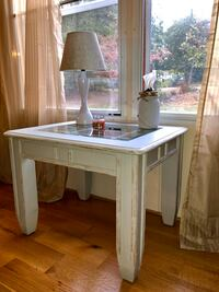 Accent Table Charlotte